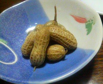 茹でピーナッツ